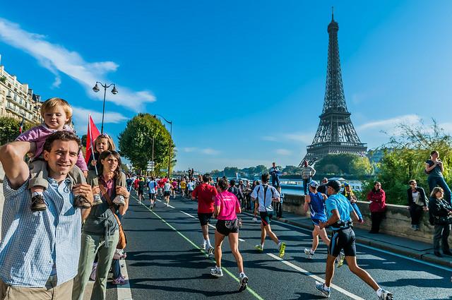 Maraton de Paris trote run corrida mexicanos
